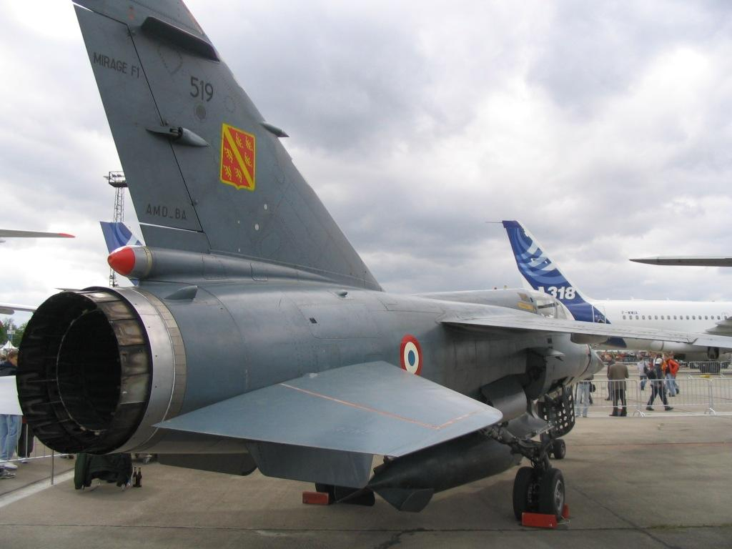 Mirage F on F 15 Fuel Capacity